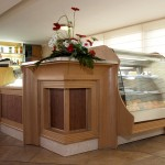 Pastry Display with Curved Glass